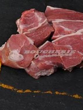 épaule d'agneau en morceau avec os